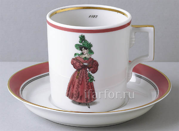 Cup and saucer in a gift box Modes de Paris 1827 Armorial