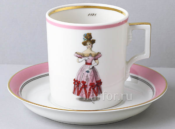 Cup and saucer in a gift box Modes de Paris 1828 Armorial